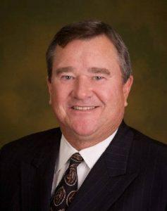 Dr. Joe Pinion chose Dr. Robert Zehr for revision hip replacement surgery