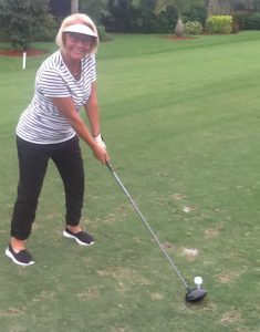 Barbara Murray plays golf after hip replacement surgery by Dr. Robert Zehr