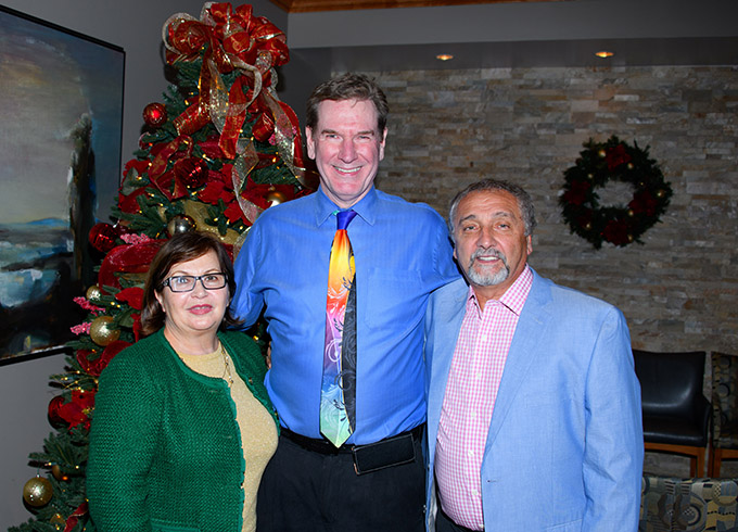 Dr. Robert Zehr with Ana and Ave Susman
